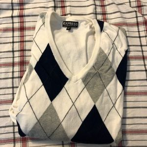 Men's Express Argyle V-neck sweater